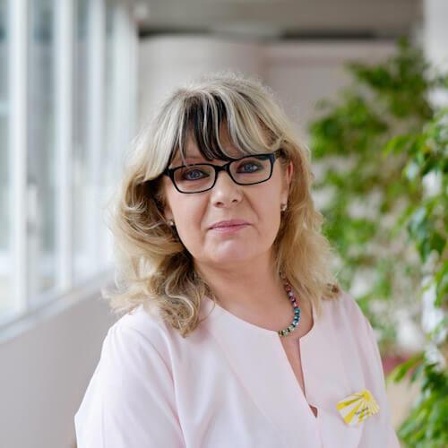 Porträt von Petra Höhmann